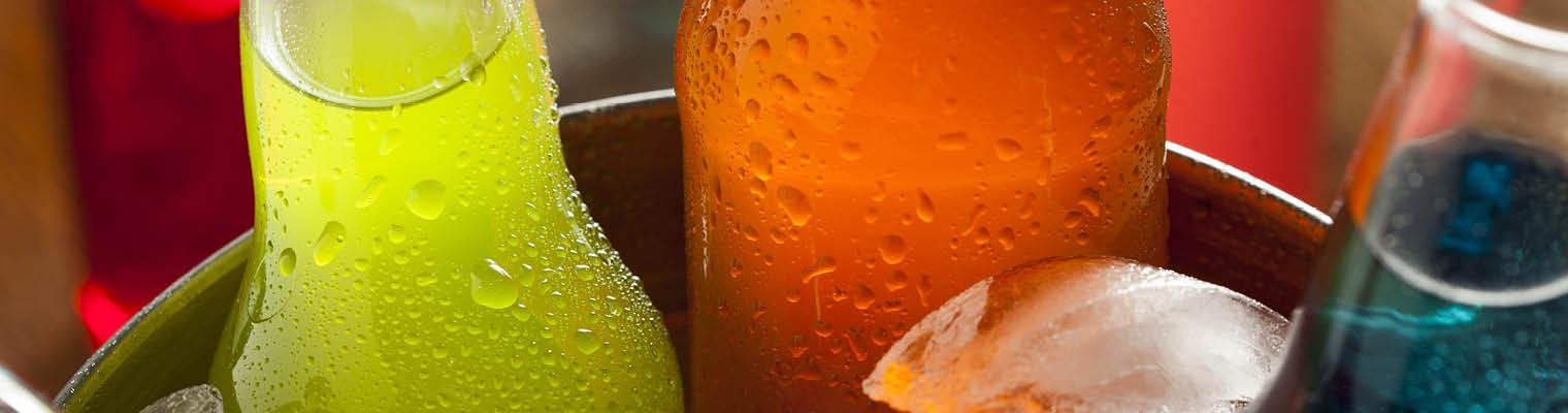Mineralwasser mit Fruchtzusätzen & Fruchtschorlen